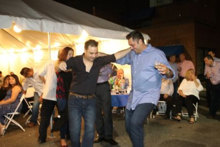 194 Kastorians Taverna Night [1024x768]