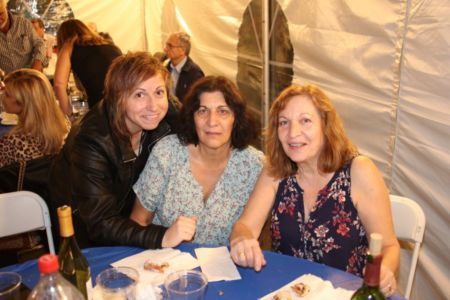 211 Kastorians Taverna Night [1024x768]