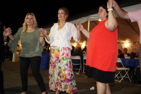 239 Kastorians Taverna Night [1024x768]